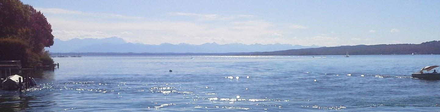 Der königsblaue See